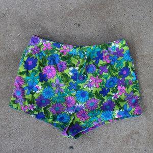 Vintage Hot Booty Mini Flower Power Shorts 60s